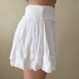 White Mini Skirt With Lace Detailing