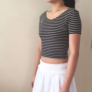 ⚪️American Apparel Striped Crop Top ⚫️