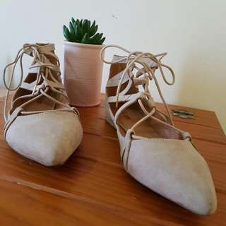 ♡SOLD♡ Size 9 - Nude Suede Lace Up Flats