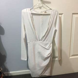 White Long Sleeve Dress Size 8