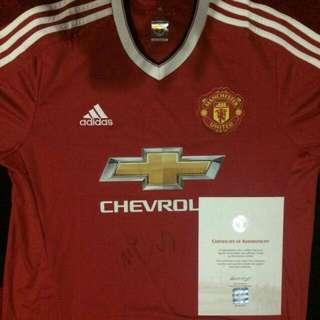 Original Jersey Signed By Carrik