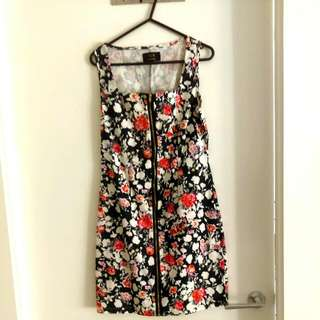 Floral Dress With Front Zipper