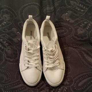 Decjuba Pointed Ballet Flats & H and M Divided brand lace up converse style sneakers with a higher sole.