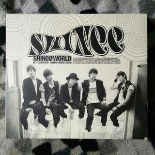 SHINee : SHINee World
