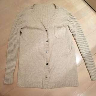 杏色超舒服羊毛薄外套罩衫