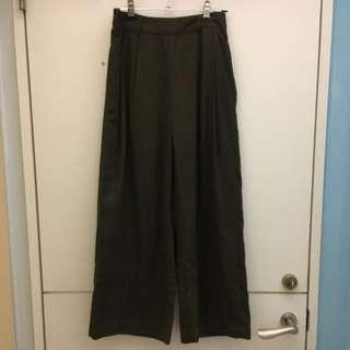 Lowrys Farm日本購入軍綠色寬褲
