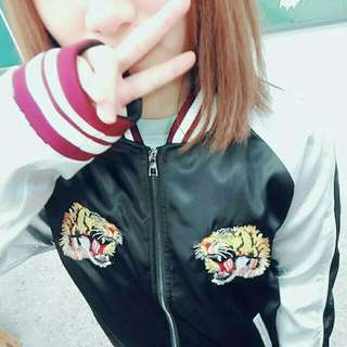 橫須賀經典款 雙虎頭刺繡夾克