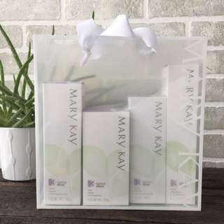 Mary Kay Botanical Effects Face Set - Brand New
