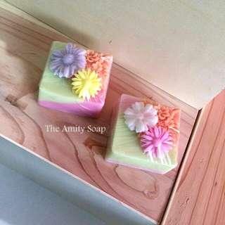 Favor Soap (Floral Cake)