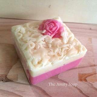 Favor Soap (Rose Cake)