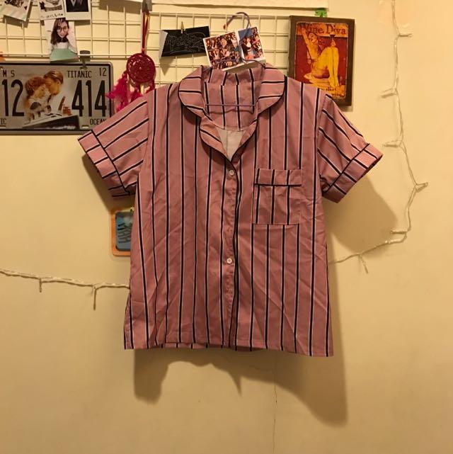 粉紅條紋睡衣