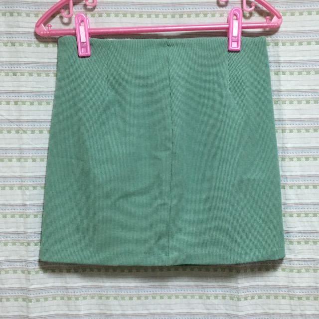 馬卡龍嫩綠拉鍊短裙