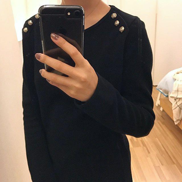 二手 黑色長版上衣 S