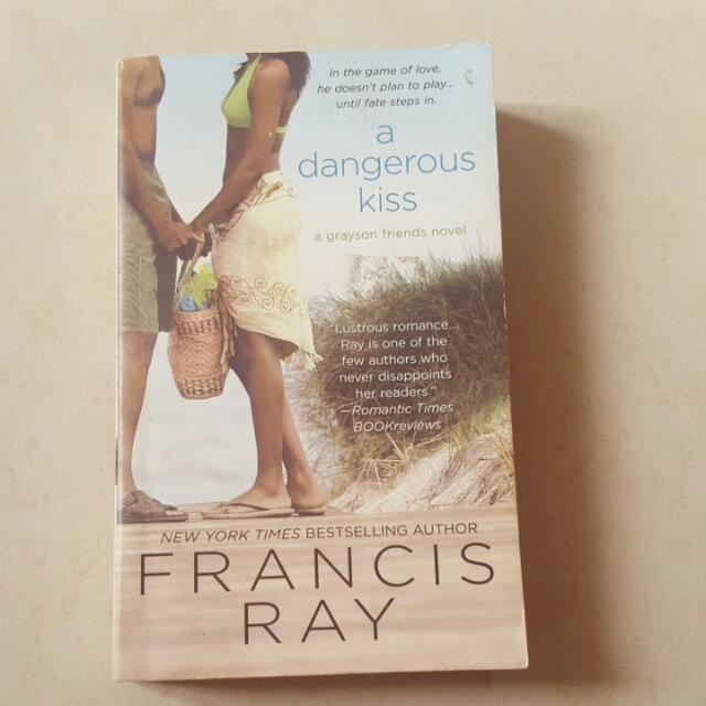 A Dangerous Kiss: A Grayson Friends Novel