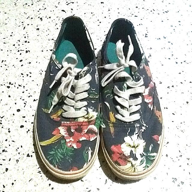 American Eagle Outfitters Size 10