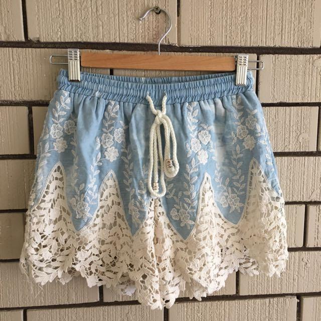 Ava Lacy Coachella Themed Shorts