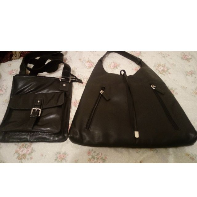 black leather hand bags