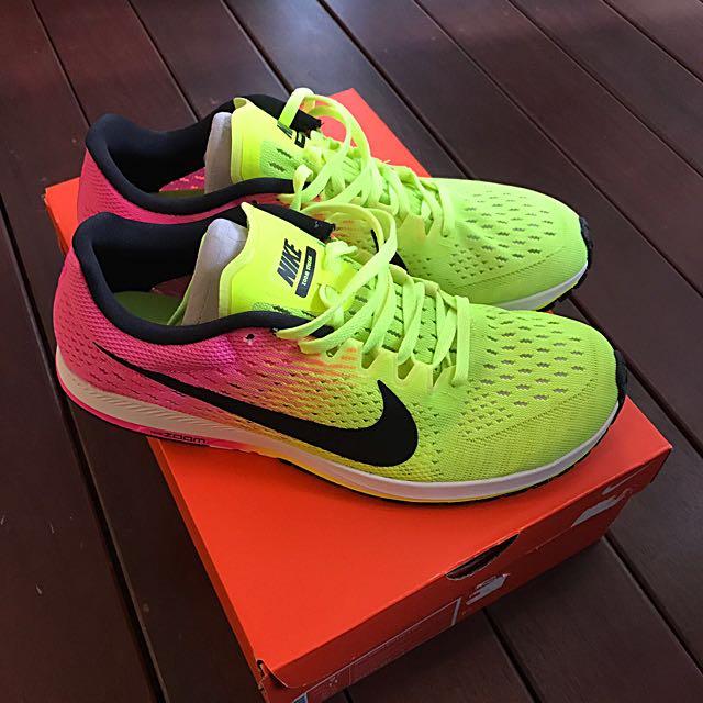 c2beb6ed9cae Brand New  Nike Zoom Streak 6 OC Racing Runners