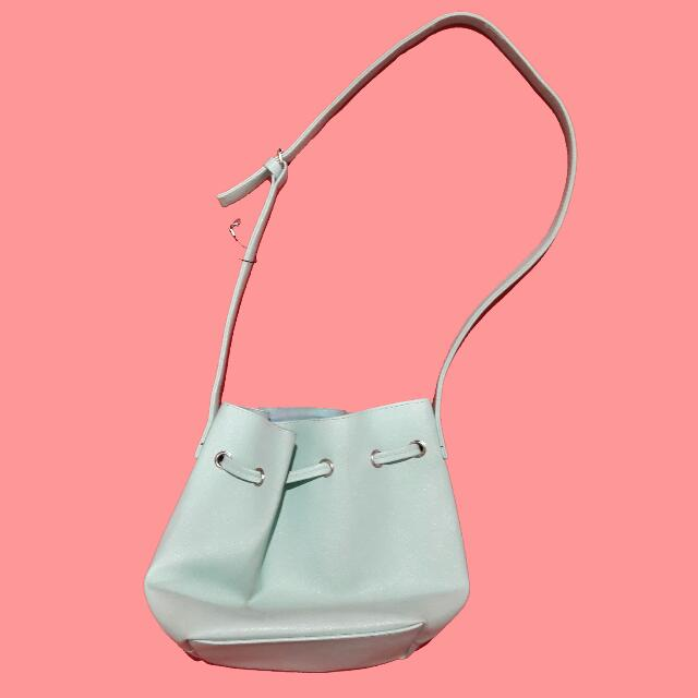 Bucket Bag in Mint