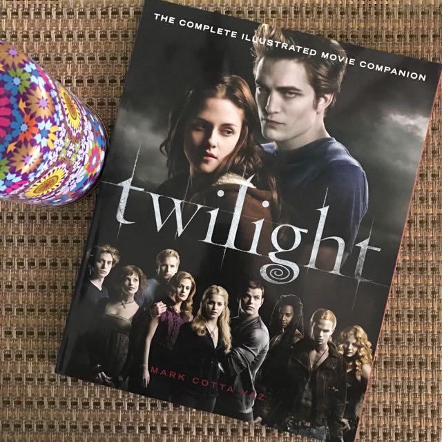 Collectors Item: Twilight Illustrated Movie Book