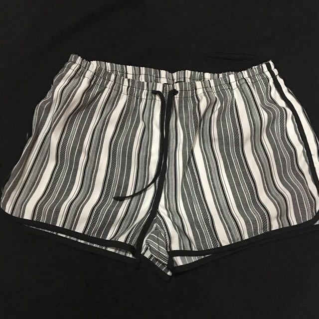 Cotton On Shorts (small-med)
