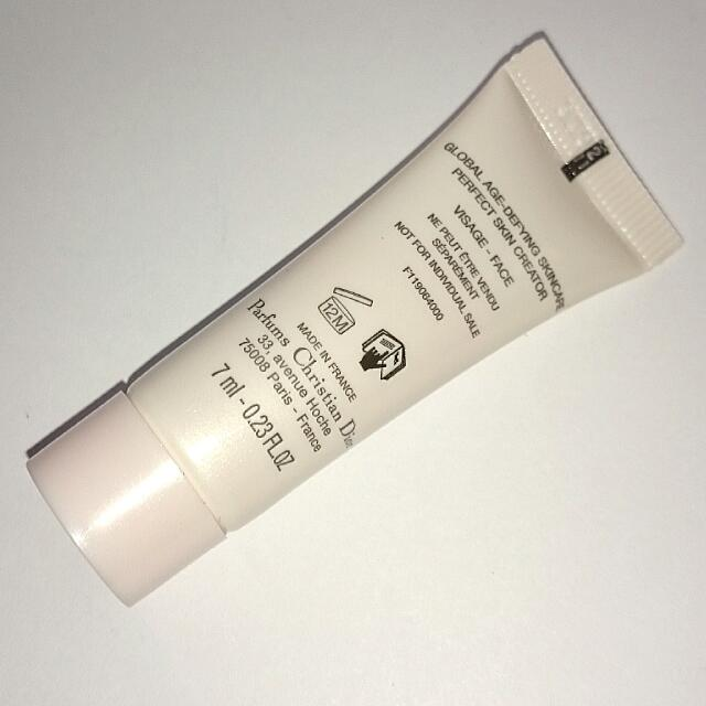 2cf79a34 Dior Capture Totale DREAMSKIN Advanced Global Age-Defying Skincare ...