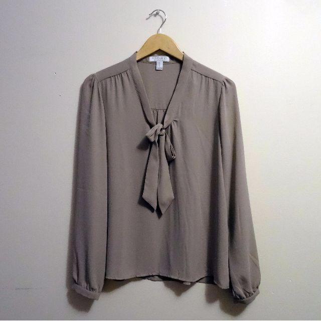 F21 blouse (medium)