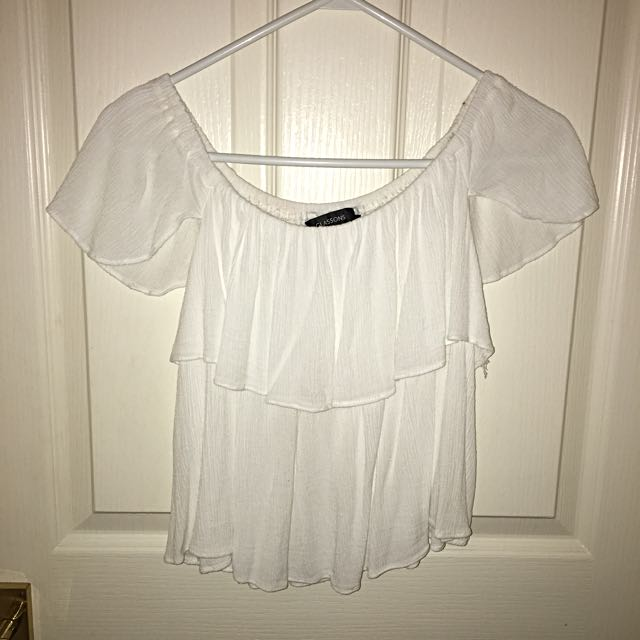 Glassons 'off the shoulder' top