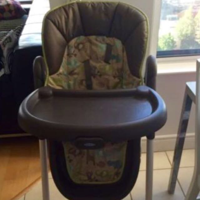 Graco highchair (MINT Condition)