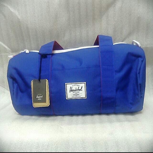 Herschel旅行袋