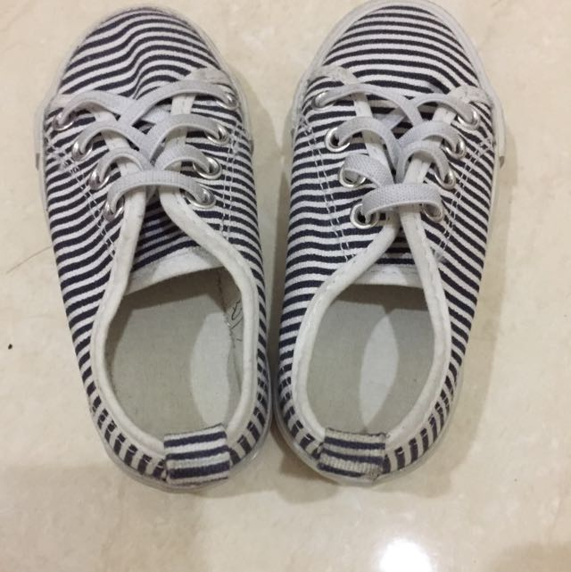 H&M Baby Shoes Size 24