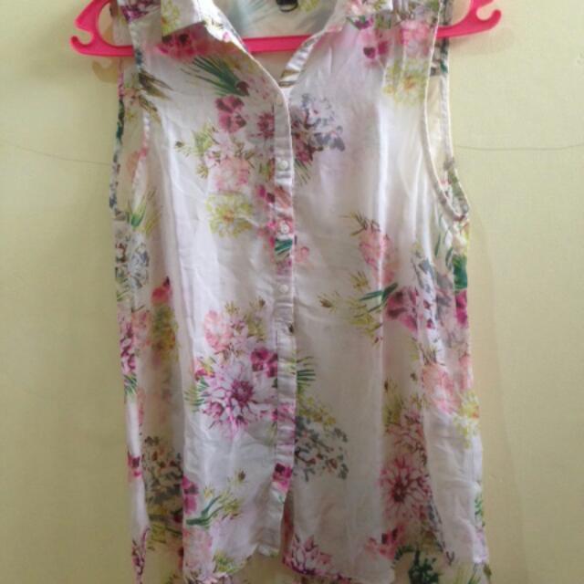 H&M Sleeveless Blouse Size 38