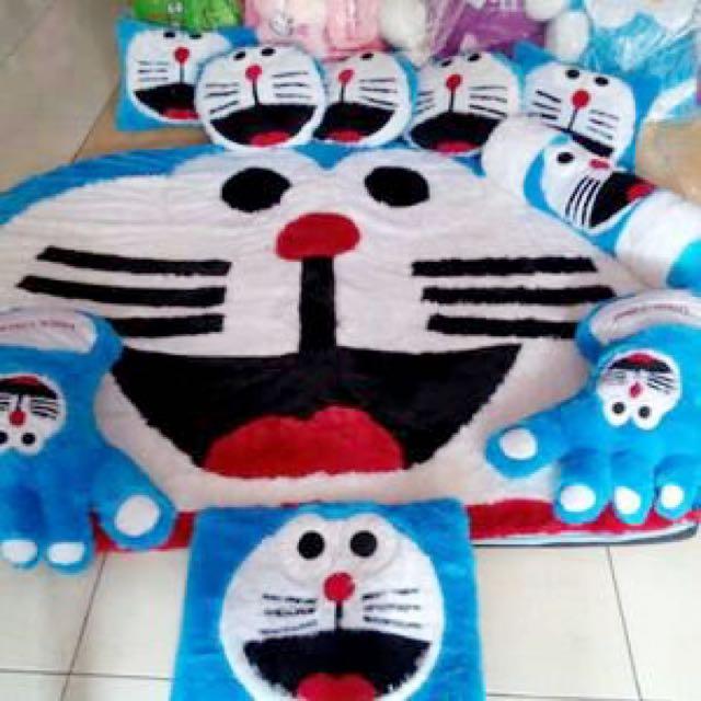 Karpet Doraemon