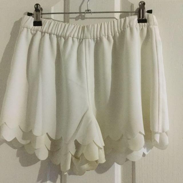 Lulu & Rose White Shorts
