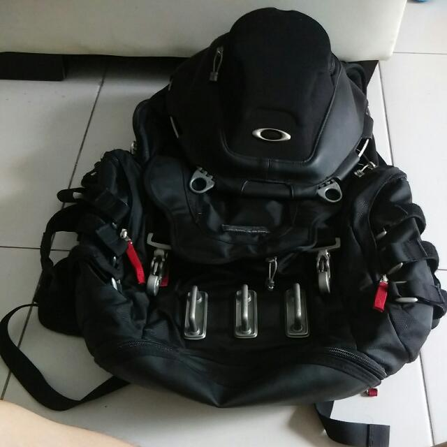 Oakley kitchen sink backpack mens fashion bags wallets on carousell photo photo photo photo workwithnaturefo