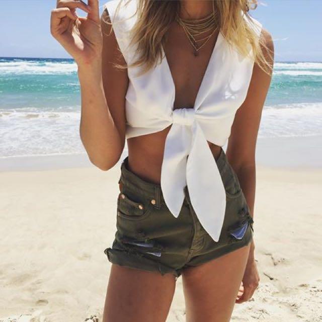 Sabo Skirt Ciata White Front Tie Crop Top