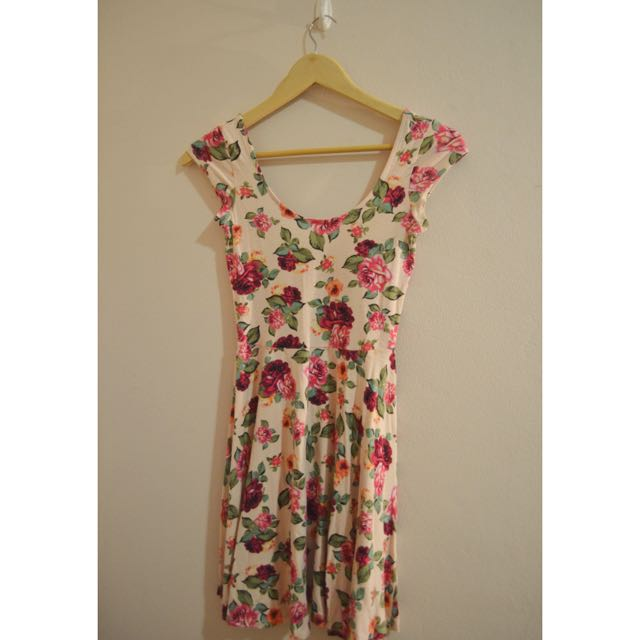 Scoop-neck Floral Dress