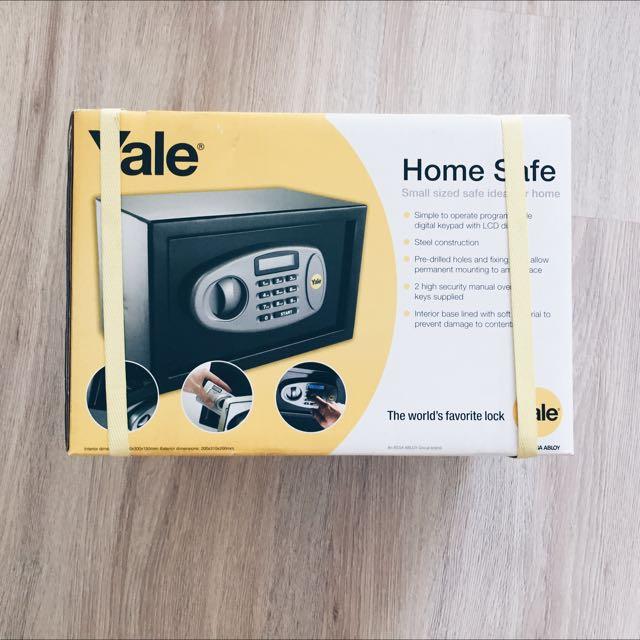 YALE Home Safe Box