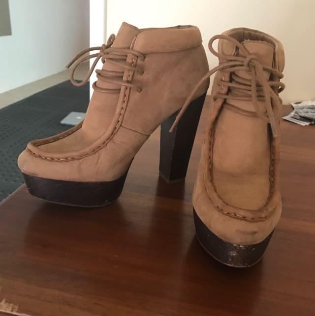 Zara Lace Up Platform Ankle Boots Size 6