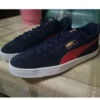 Selling Puma Shoes Dark Blue Size 9 US  Authentic