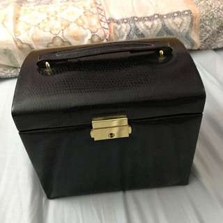 Leather Jewellery Box