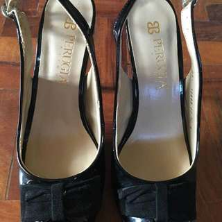 Perugia patent leather open-toe shoes