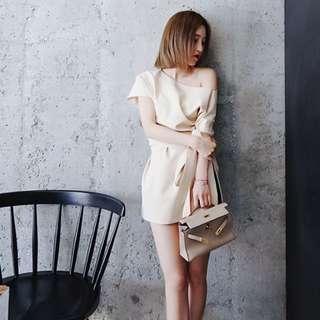 小露性感優雅氣質多種穿法洋裝 (188)