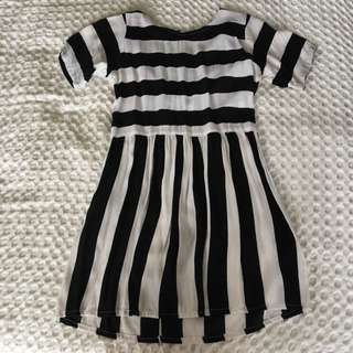 Black & White Stripe - Shift Dress