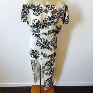 Two Piece Set - Navy Blue And White Tropical Palm Print Off The Shoulder Top Fitted High Waisted Skirt