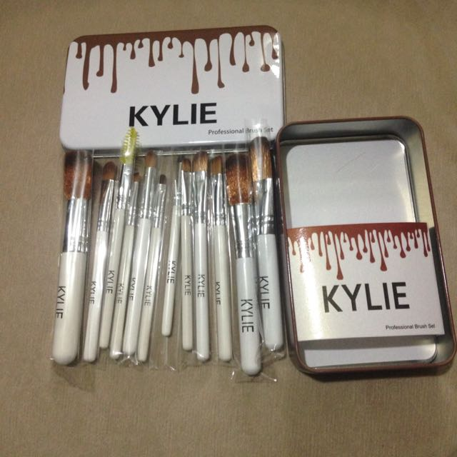 12pcs Kylie Brushes