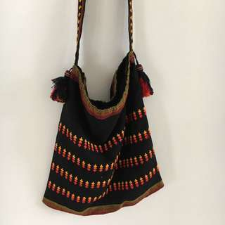 Casual Fabric Bag With Tassels