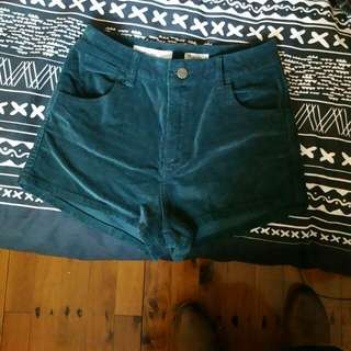 Wrangler Size 6 High Waisted Shorts
