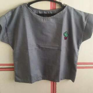Crop Top With Patches Med