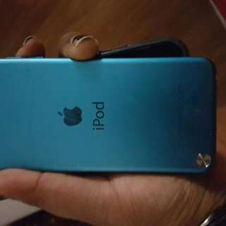 Blue iPod Touch 64gb